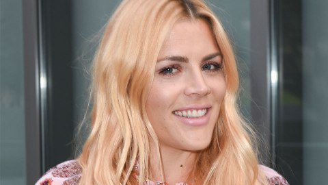 Busy Philipps Has Mastered the Blonde Hair, Dark Brows Combo | StyleCaster