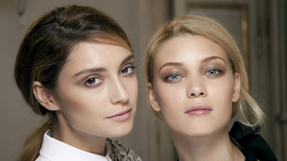 Camouflage Fine Lines With These Smoothing Wrinkle Fillers