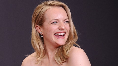 Elisabeth Moss Confirms that Red Hair Is the Color of the Summer | StyleCaster