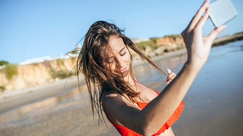 """''Consumer Reports'"""" Best Sunscreen 2020 List Might Surprise You   StyleCaster"""