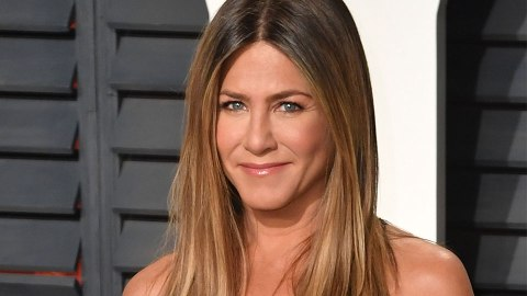 Jennifer Aniston Has Already Dealt With FOMO & An Ex Reaching Out On Instagram | StyleCaster