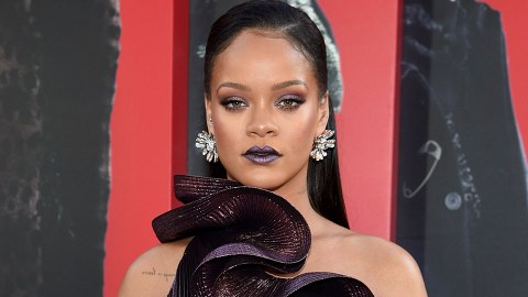 Did Rihanna Tease New Lipstick at the 'Ocean's 8' Premiere? | StyleCaster
