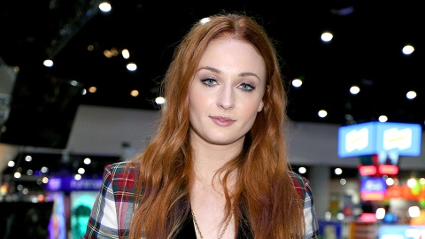 Sophie Turner Just Cut and Dyed Her Hair into a Gorgeous Lob | StyleCaster