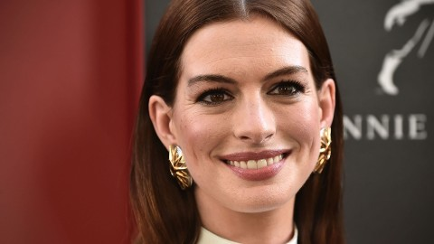 Anne Hathaway Just Got a Star on the Hollywood Walk of Fame, and Her Dress Was Gorgeous | StyleCaster