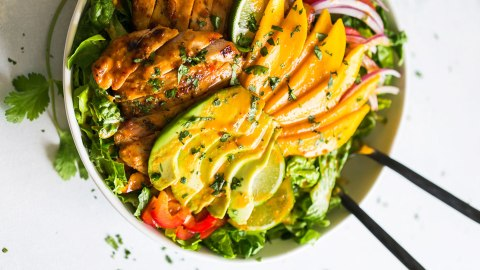 14 Surprisingly Elegant Meals You Can Throw on the Grill | StyleCaster