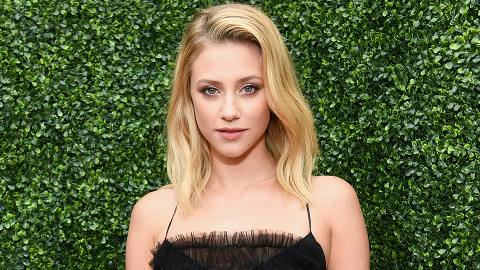 How Lili Reinhart Conceals Her Pimples Without Making Them More Noticeable