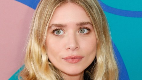 Ashley Olsen Has A Mysterious Ring On *THAT* Finger & We Have Some Tea | StyleCaster