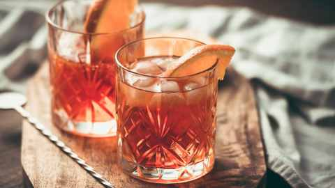 11 Elevated Twists on the Classic Aperol Spritz | StyleCaster