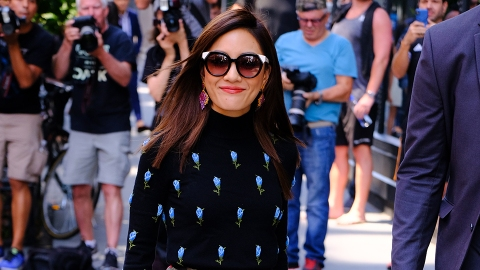 Constance Wu Proves Mismatched Florals Are, Indeed, Groundbreaking | StyleCaster