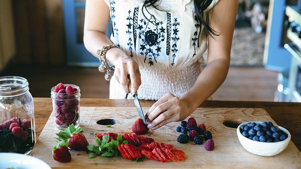 Kitchen Essentials Every Starter Chef Needs