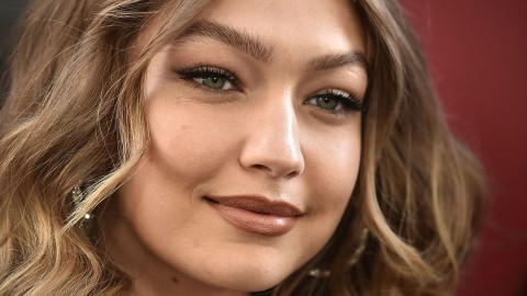 Gigi Hadid's Mom Is Her Look-Alike in These Throwbacks | StyleCaster