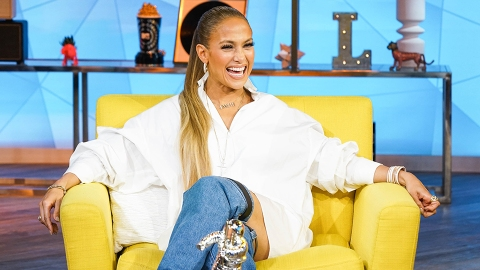 Reminder: Jennifer Lopez Looks Hotter than You in Everything | StyleCaster