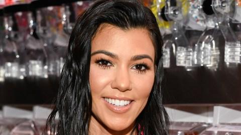 Was Kourtney Kardashian's Arm Photoshopped in This Picture? | StyleCaster