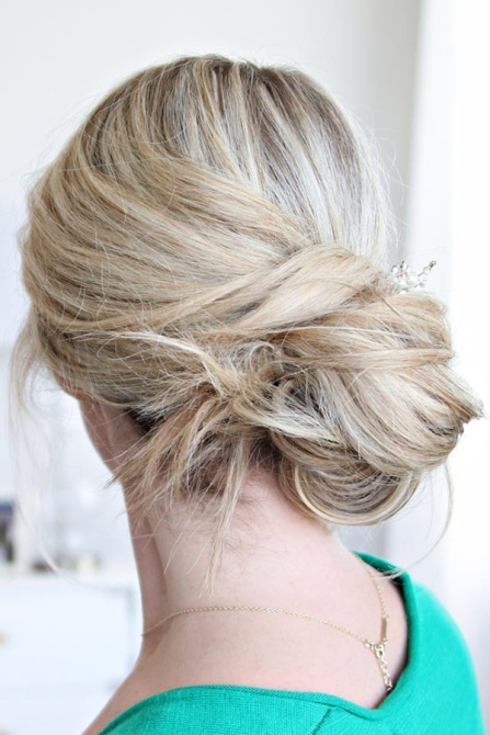 messy bun 14 How to Style a Messy Bun That Still Looks Put Together On Your Laziest Day