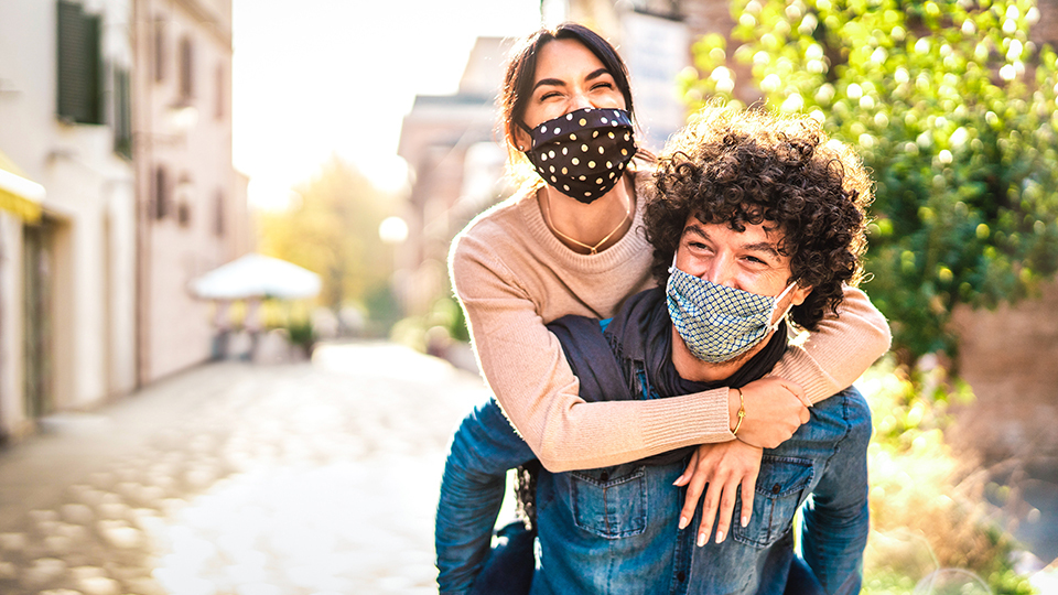 15 Outdoor Date Ideas To Get You & Your Boo Off Your Couch | StyleCaster