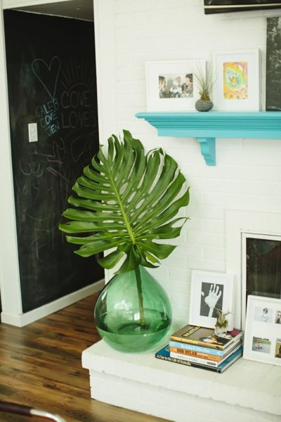 Palm Leaves Are The Underrated Decor You Re Missing Stylecaster Design great graphics about tropical vacation centers, spring break, beach and more with this set of tropical leafs and decorate your project, shop or publication, create special articles or promotions about summer vacations. palm leaves are the underrated decor