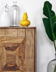 A Single Palm Leaf Is the Decor Piece Your Home Is Missing