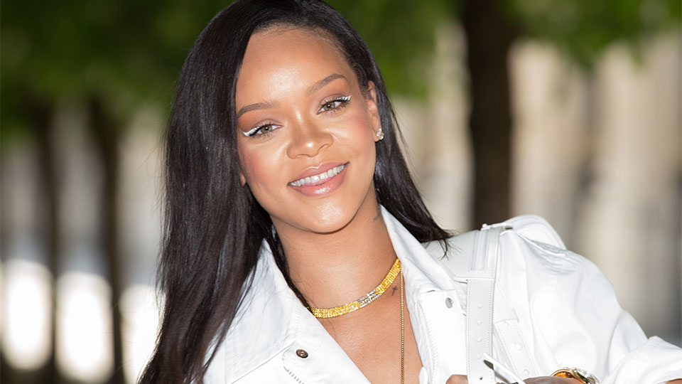 Here's Proof That Rihanna Goes Nowhere Without This Fenty Beauty Product