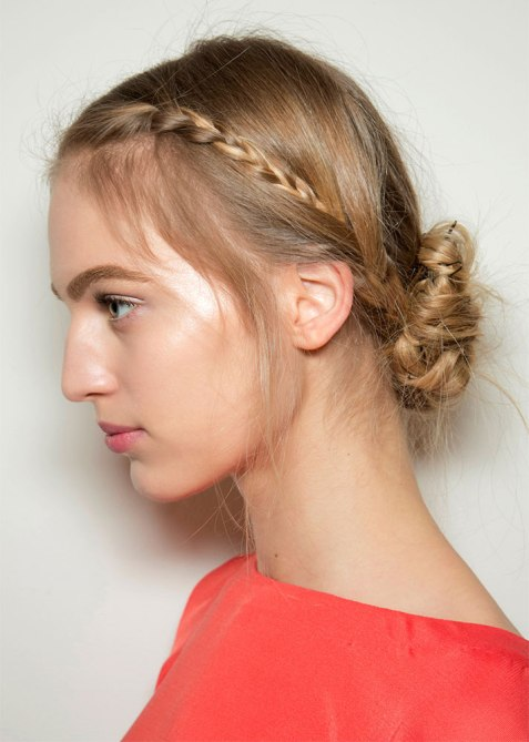 updos 17 1 18 Runway Approved Updo Styles for When Youre Feelin Fancy
