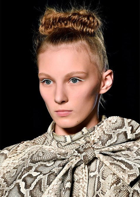 updos 2 1 18 Runway Approved Updo Styles for When Youre Feelin Fancy