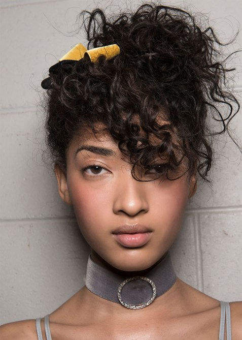 updos 5 1 18 Runway Approved Updo Styles for When Youre Feelin Fancy