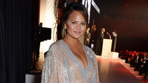 Chrissy Teigen Proves the Bob Is Still Going Strong This Fall | StyleCaster