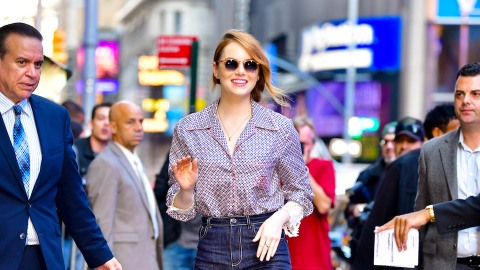 Not Sure What Shoes to Wear with Your Wide-Leg Crops? Emma Stone Has Some Ideas | StyleCaster