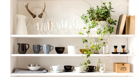 How to Curate a Chic Mismatched Mug Collection | StyleCaster