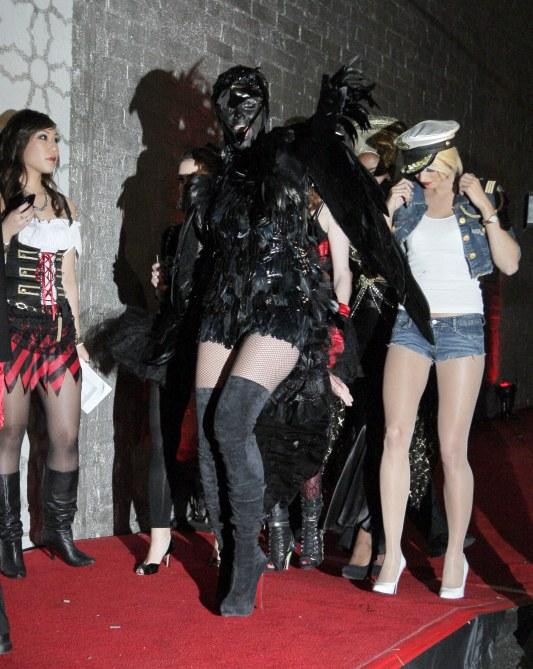 Heidi Klum Halloween Costume 2009