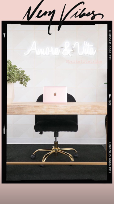 screen shot 2018 09 06 at 11 43 57 am Shay Mitchells Instagram Story Is Full of Stunning Home Office Inspiration