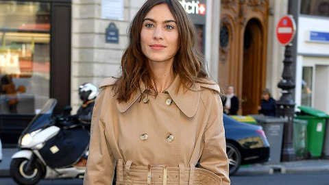 We Need to Know Alexa Chung's Favorite Mascara | StyleCaster