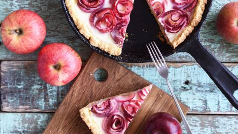 11 Desserts You Should Make With Those Apples You Just Picked | StyleCaster