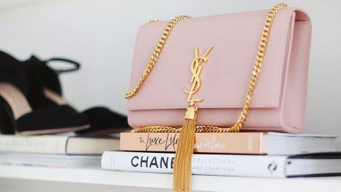 Practical Ways to Store Purses That Basically Double as Decor | StyleCaster