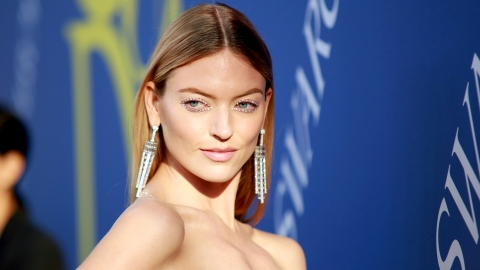 Martha Hunt Showed Off Her Scoliosis Scar After Princess Eugenie Did | StyleCaster