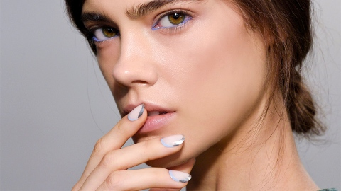 If You Like Metallics, You'll Love Essie's New Nail Colors | StyleCaster