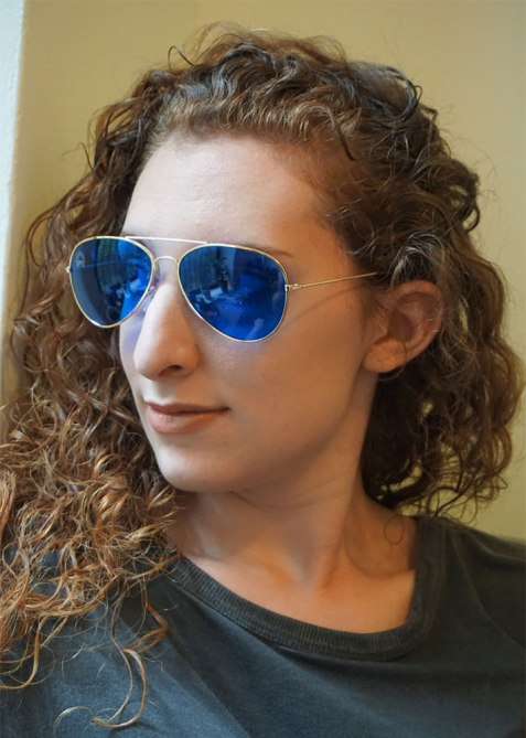 robyn chromotherapy 3 A Crash Course on the Wellness Benefits of Chromotherapy Glasses