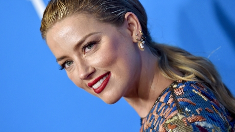 Amber Heard Had the Best Response to Her 'Wardrobe Malfunction' | StyleCaster