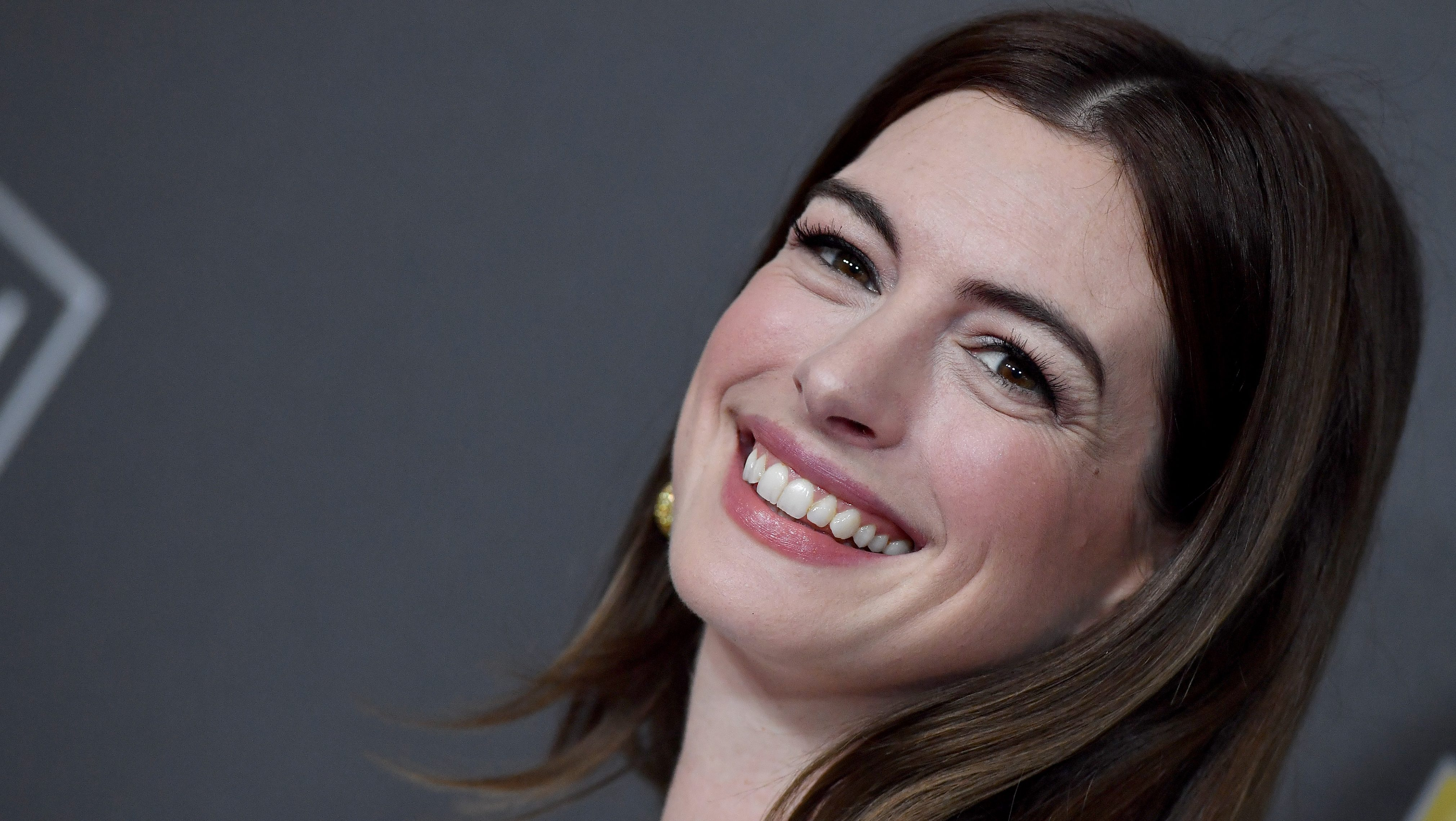Anne Hathaway Actually Has the Cutest Winter Wardrobe We've Ever Seen