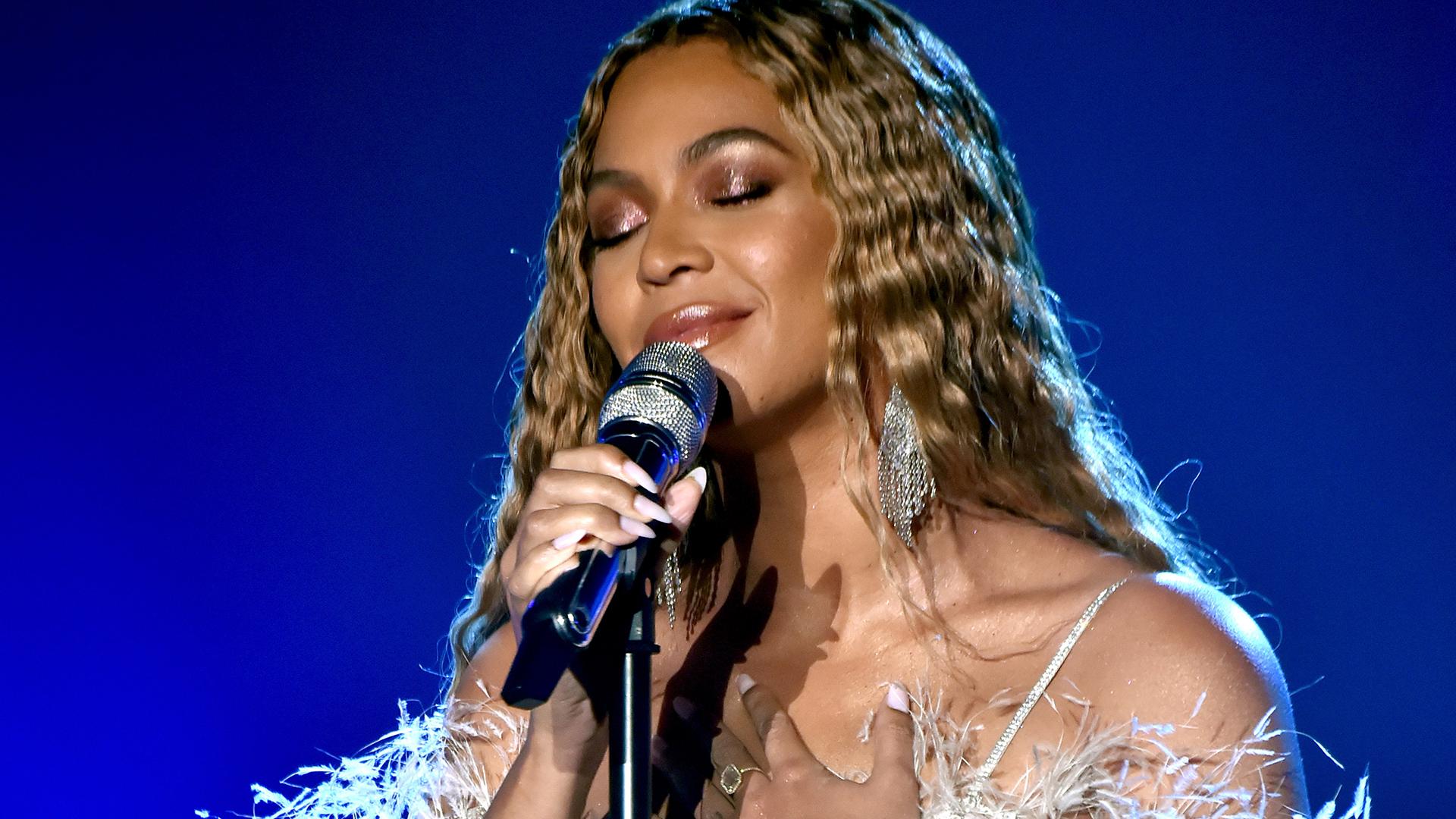 Beyoncé's Makeup Artist Has Big News and It's Long Overdue