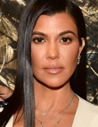 This Video of Kourtney Kardashian Crying Before Her 40th Birthday Is A Complete...