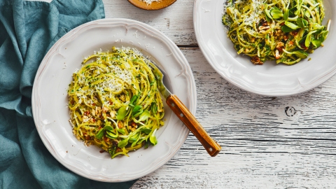 Low-Carb Pasta Substitutes That Taste Just as Good as the Real Thing | StyleCaster