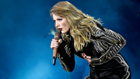 Taylor Swift DGAF About Exposing Scooter Braun | StyleCaster