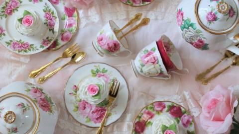 Your Definitive Guide to Throwing a Very Chic, Very Adult Tea Party | StyleCaster
