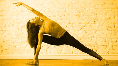 11 Yoga Moves That Can Be Part of a Great Cardio Workout | StyleCaster