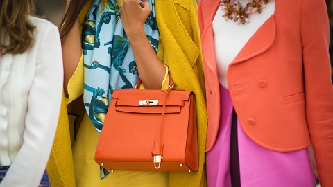 21 Ways to Wear Pantone's Color of the Year, Living Coral | StyleCaster