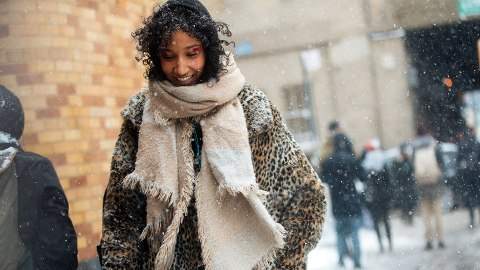 The Winter-Proof Guide to Wearing a Wash-and-Go Hairstyle | StyleCaster