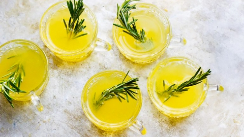 11 Champagne Punch Recipes That'll Make Any Party More Fun | StyleCaster