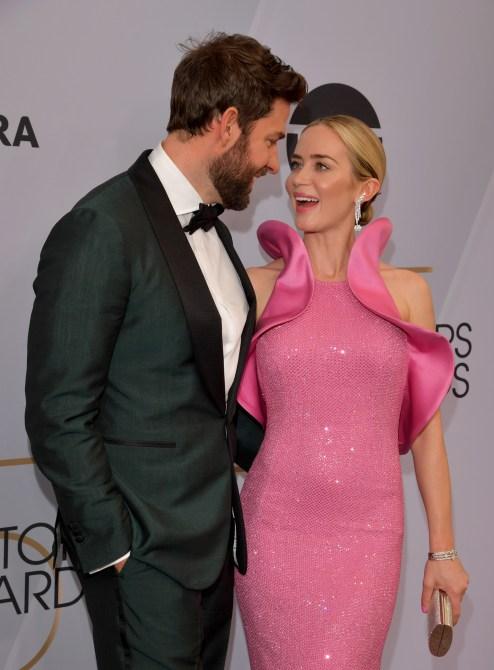emily blunt john krasinski sag awards 2019 Emily Blunt & John Krasinski Were #CoupleGoals at the 2019 SAG Awards