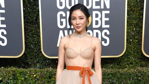 Bow Down To Constance Wu's Dress at the Golden Globes | StyleCaster