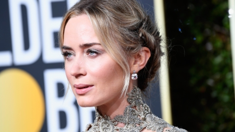 Emily Blunt Makes the Case for Understated Awards Show Style at the 2019 Golden Globes | StyleCaster